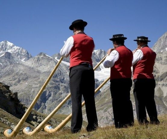 Translating English for Swiss Horn Blowers